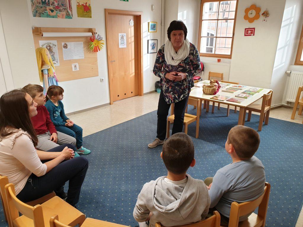 Obisk Valvasorjeve knjižnice Krško, 1. in 2. razred