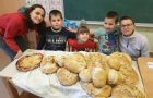 Peka kruha v krušni peči, 1. in 2. r