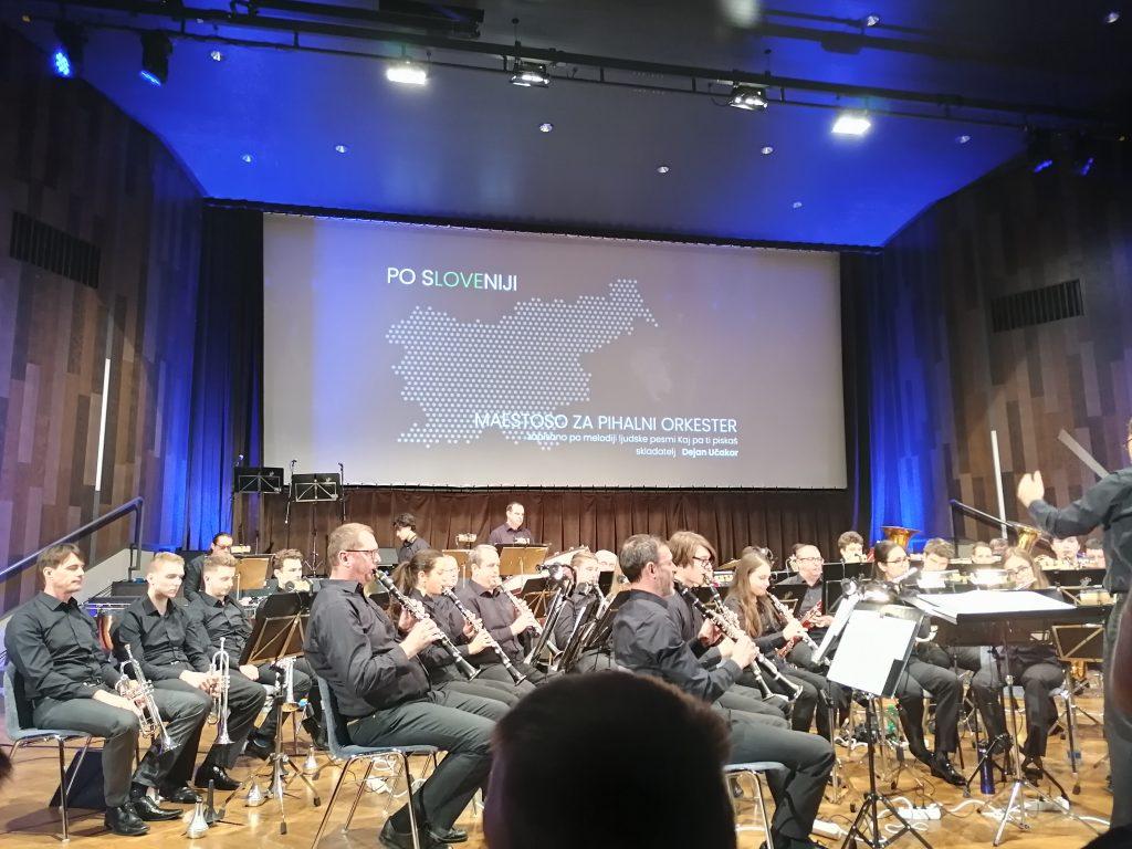 Po Sloveniji s Pihalnim orkestrom Krško